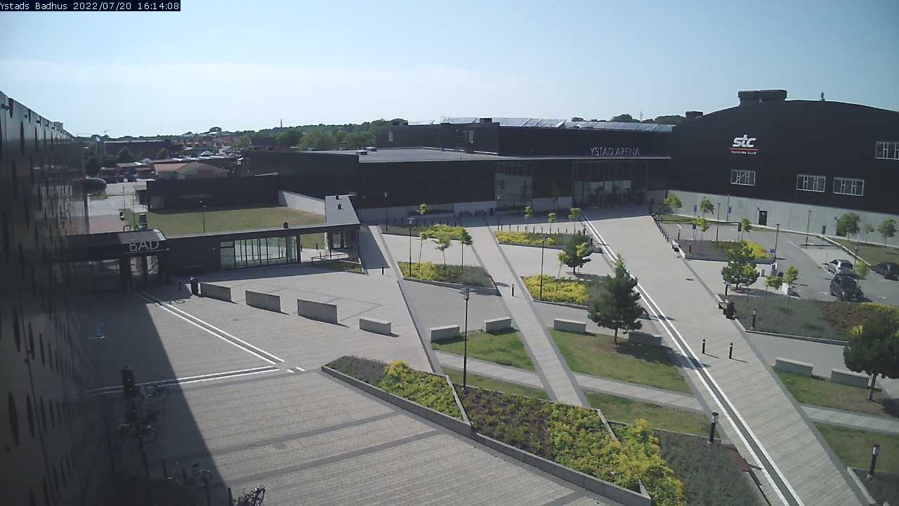 Webkamera - Ystad, Arenatorget och hallbyggnaderna